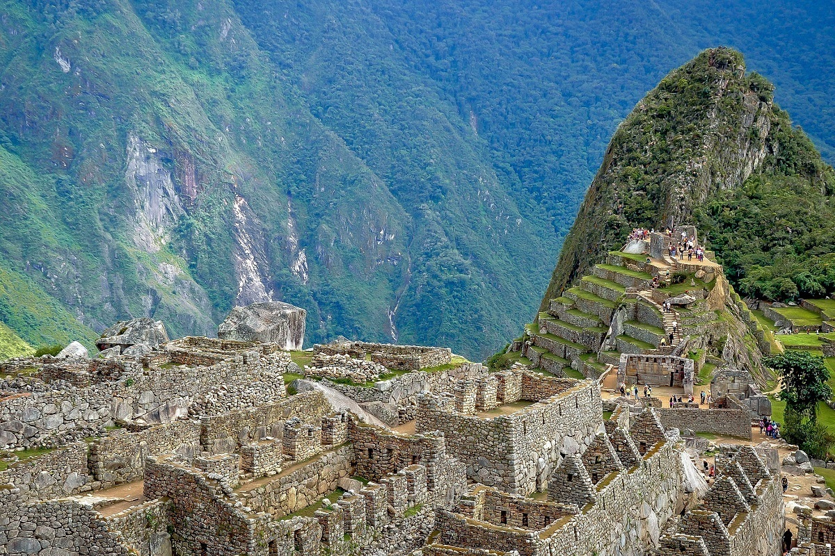 The ruins of  buildings at Machu Picchu