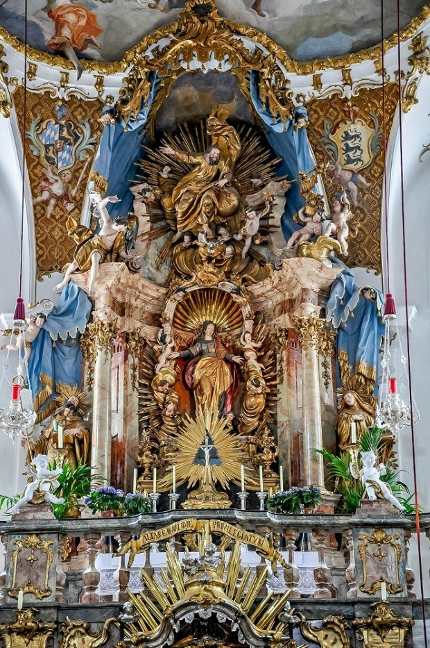 The gilded altar