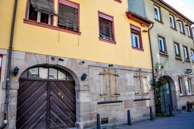 The small details on the buildings add character to life in Erlangen.