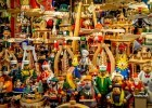 Smokers, nutcrackers and wooden toys