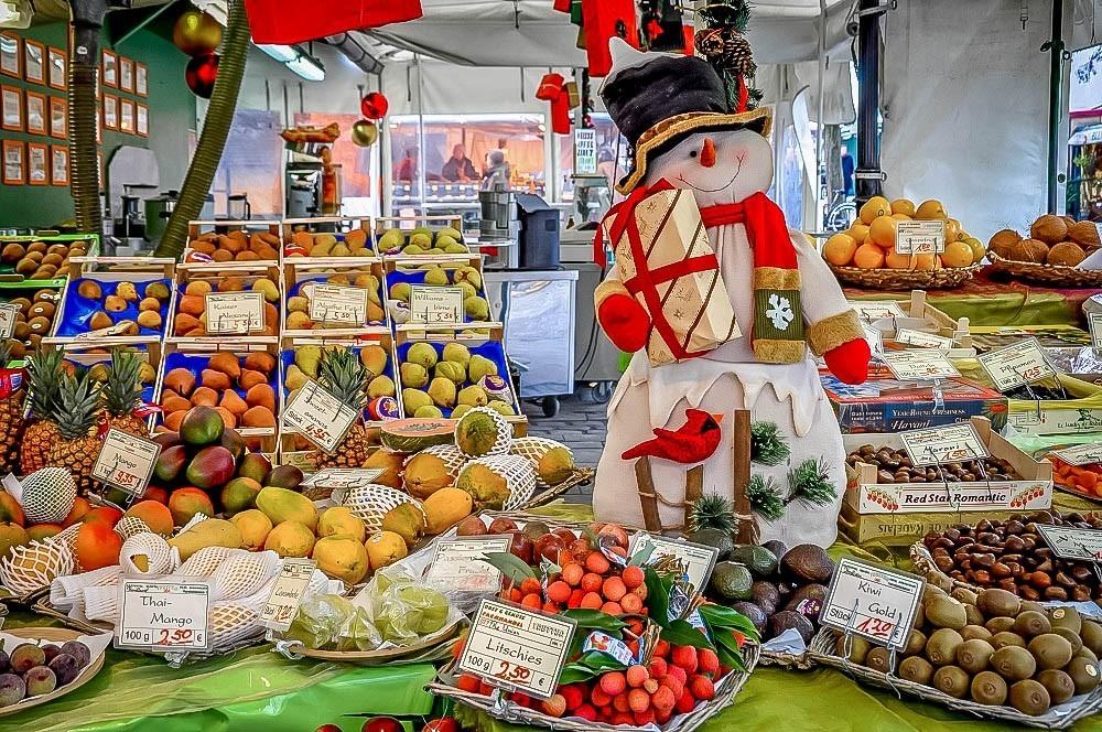 Winter fruit for sale in Munich