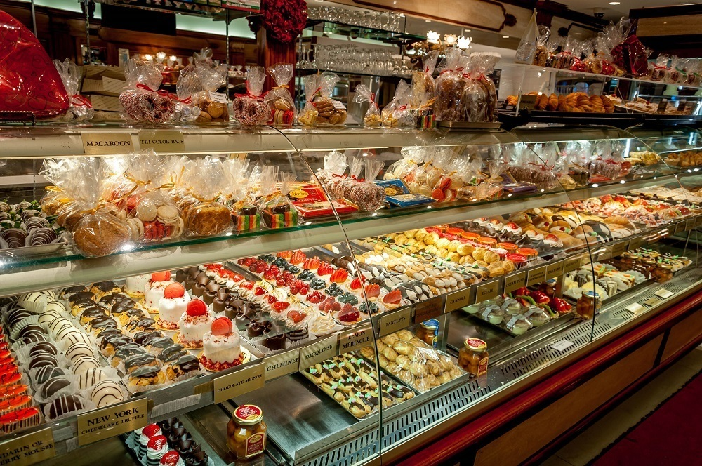 The desert counter at Ferrera Cafe in Little Italy