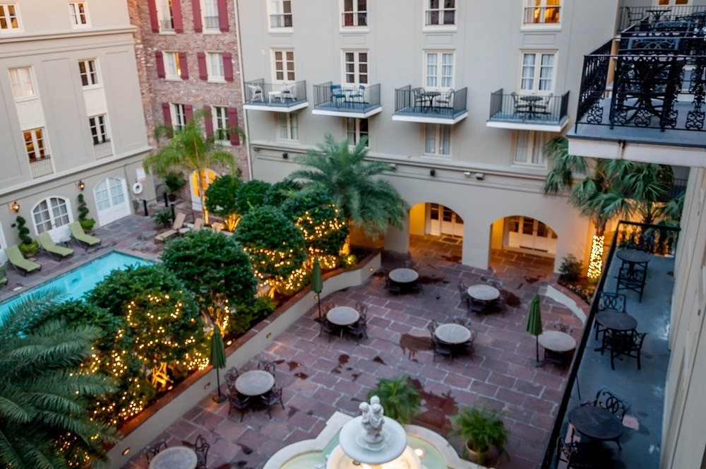 French colonial charm at maison dupuy new orleans for Hotel maison