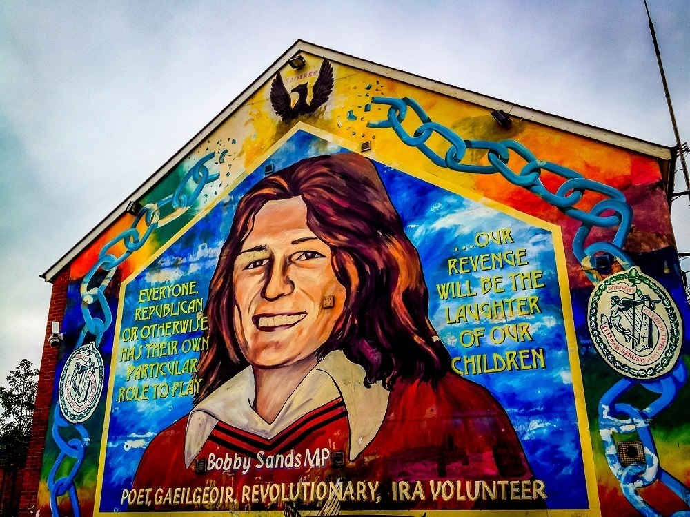 A black cab tour of the belfast murals travel addicts for Bobby sands mural belfast