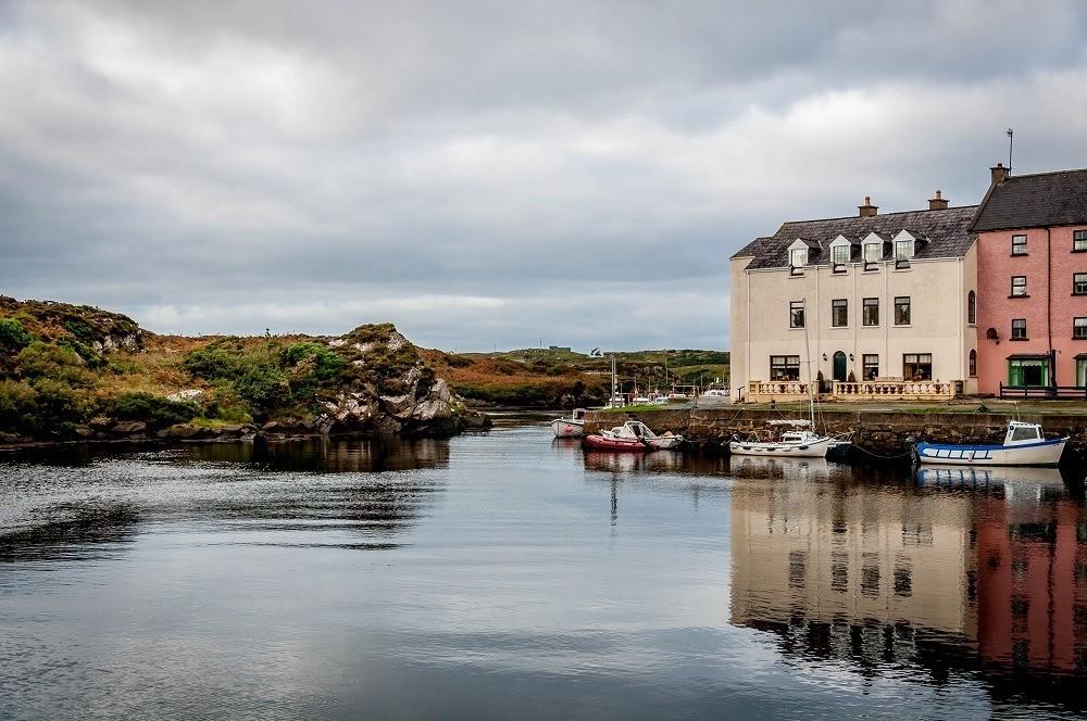 The tiny harbor of Bunbeg, Ireland