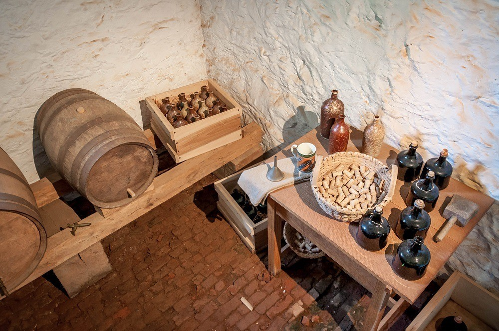 The small brewery and beer cellar on the Monticello Tours