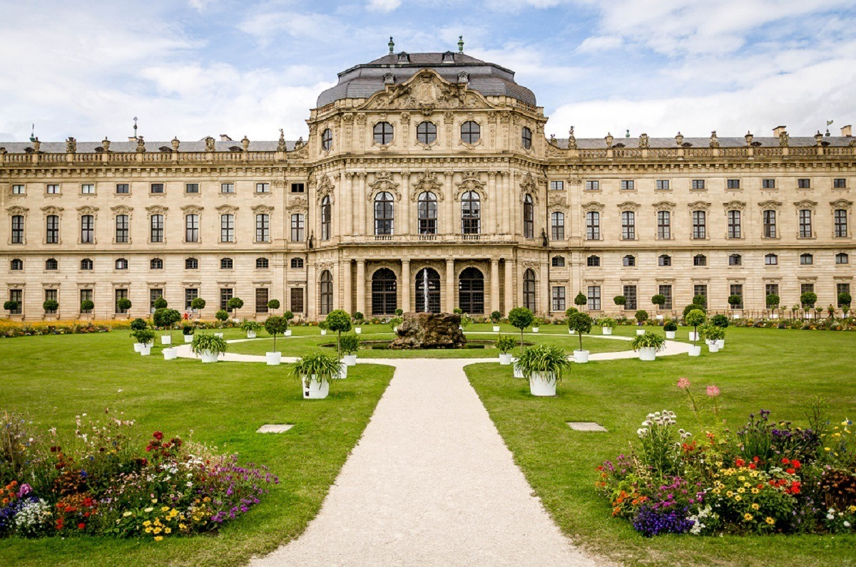 The Residenz and the gardens