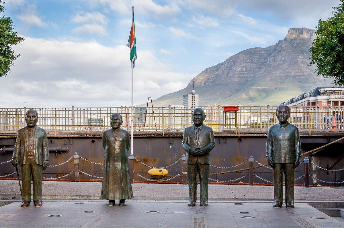 Statues of four Nobel Peace Prize winners