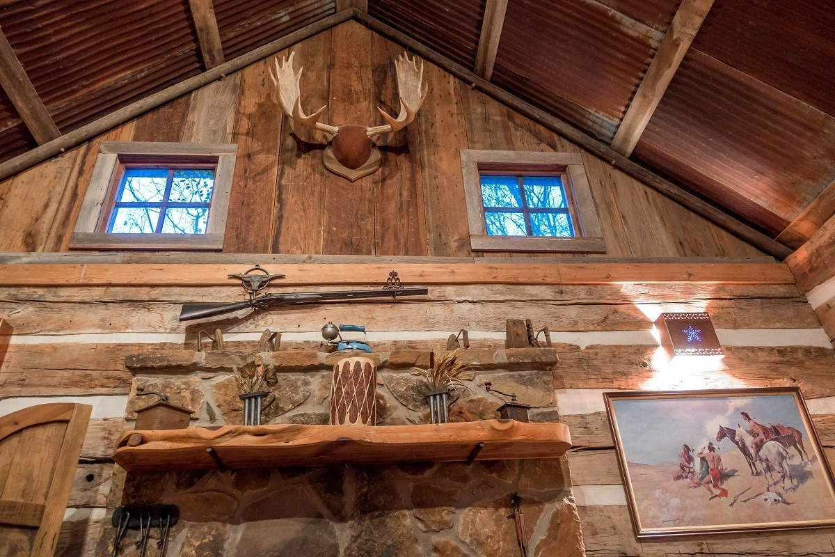 Fireplace mantel and rustic decorations