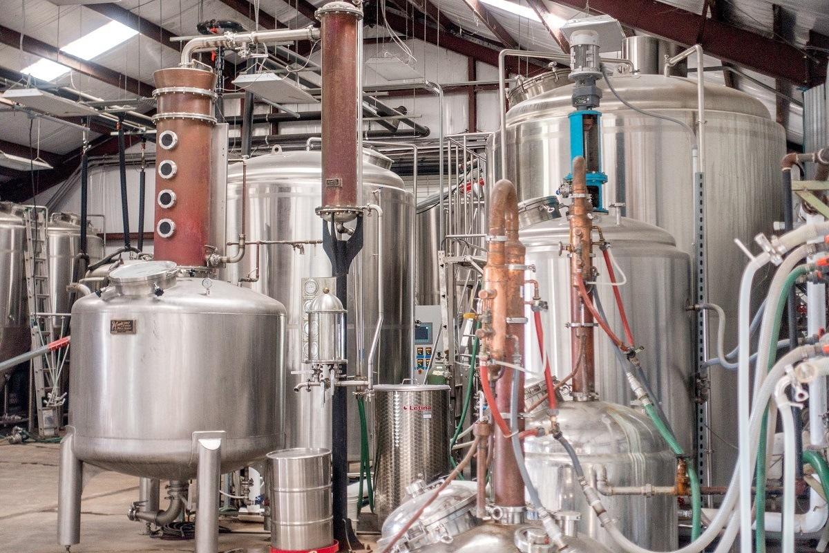Stills and distillery equipment