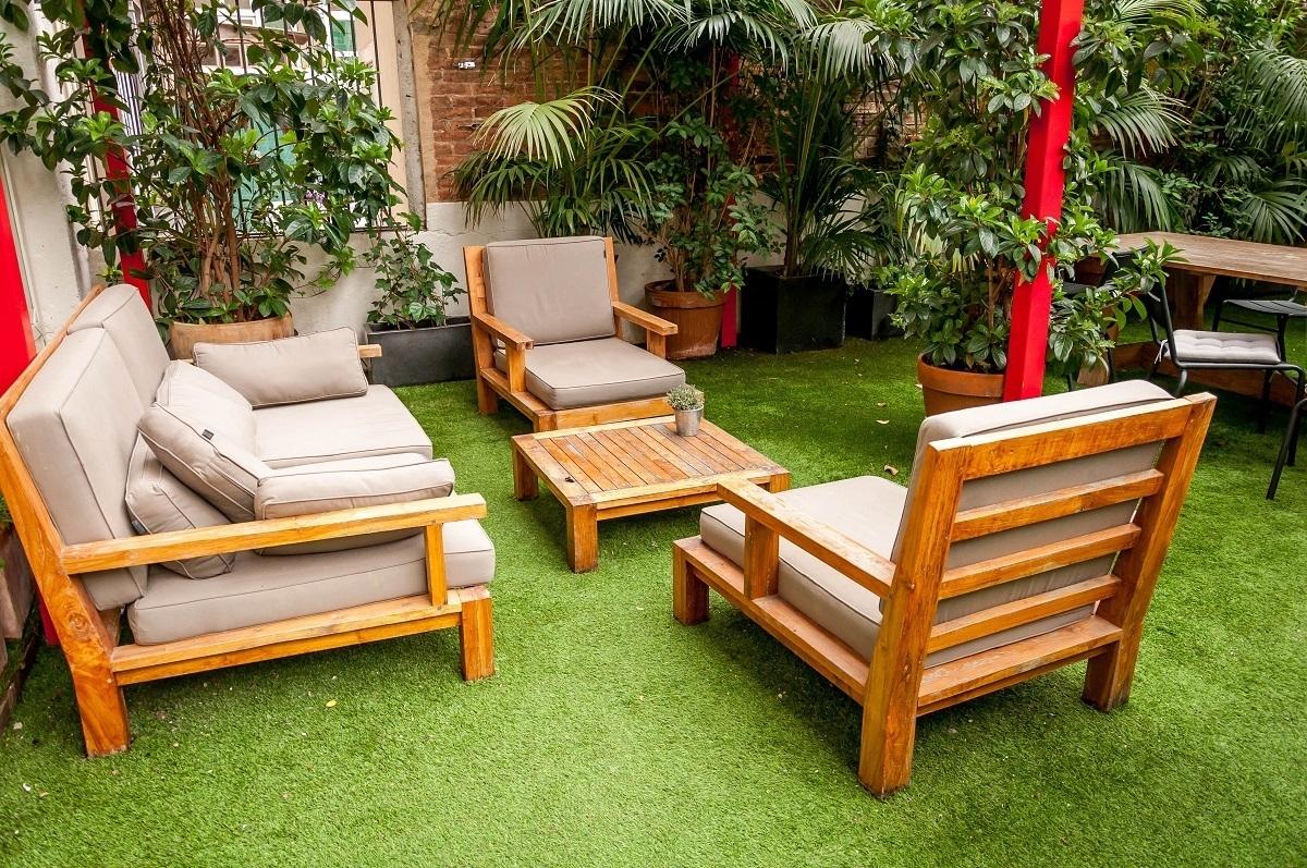 The garden at Barcelona's Praktik Garden Hotel