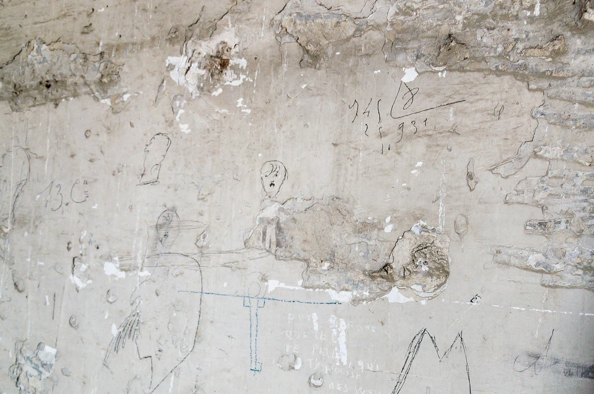 Graffiti depicting Hitler and other drawings