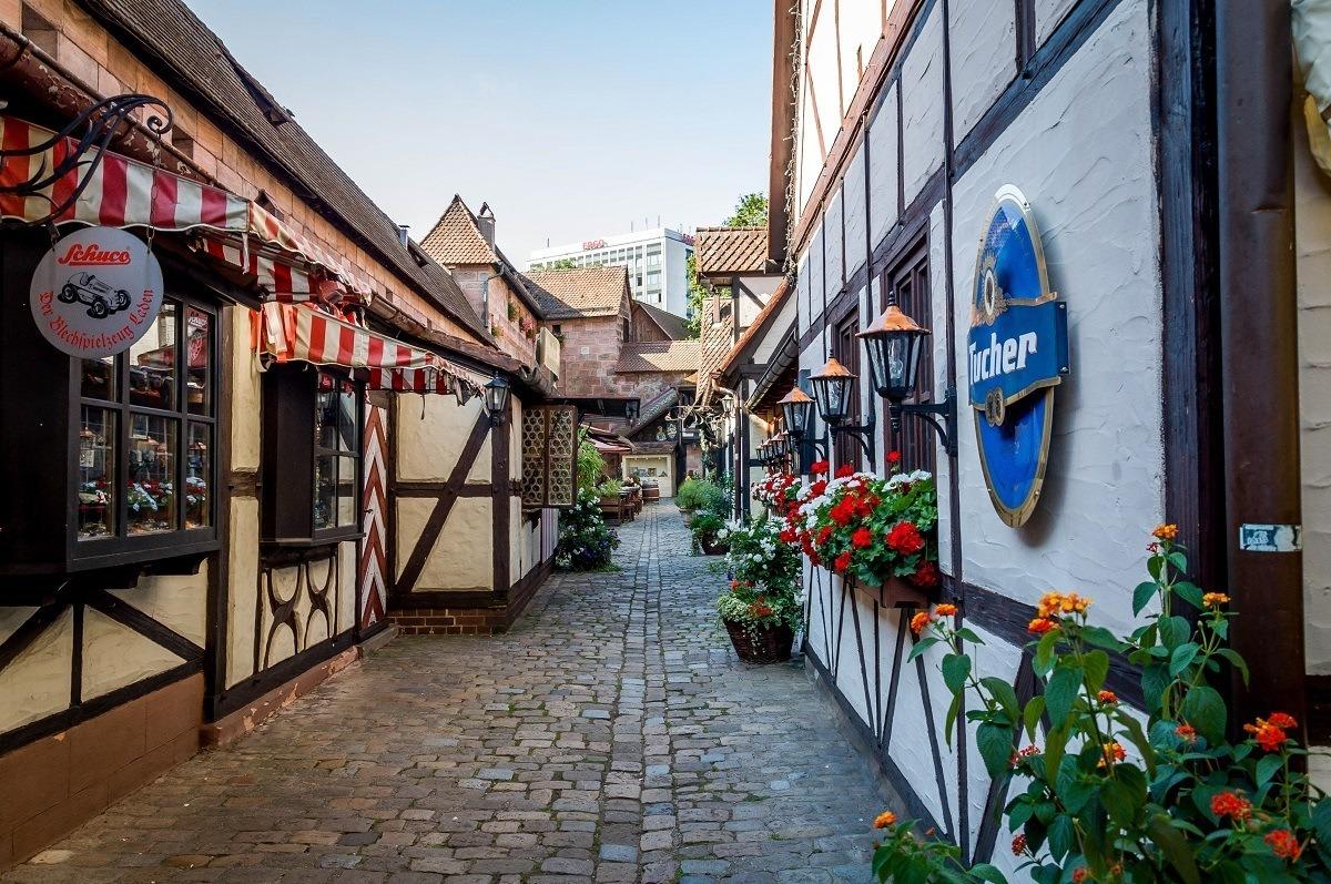 The narrow lanes of the Handwerkerhof in Nuremberg