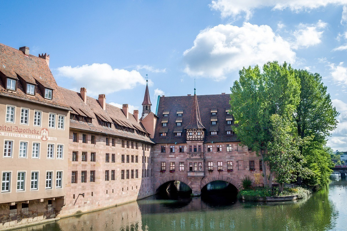 The Heilig Geist Spital (the hospice) on the Pegnitz River