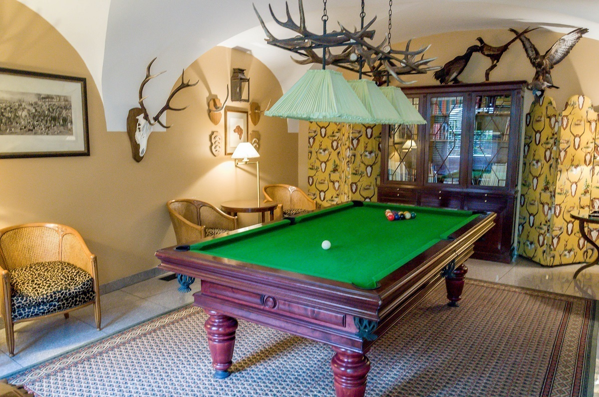 Game room with pool table at Hotel Stikliai in Vilnius