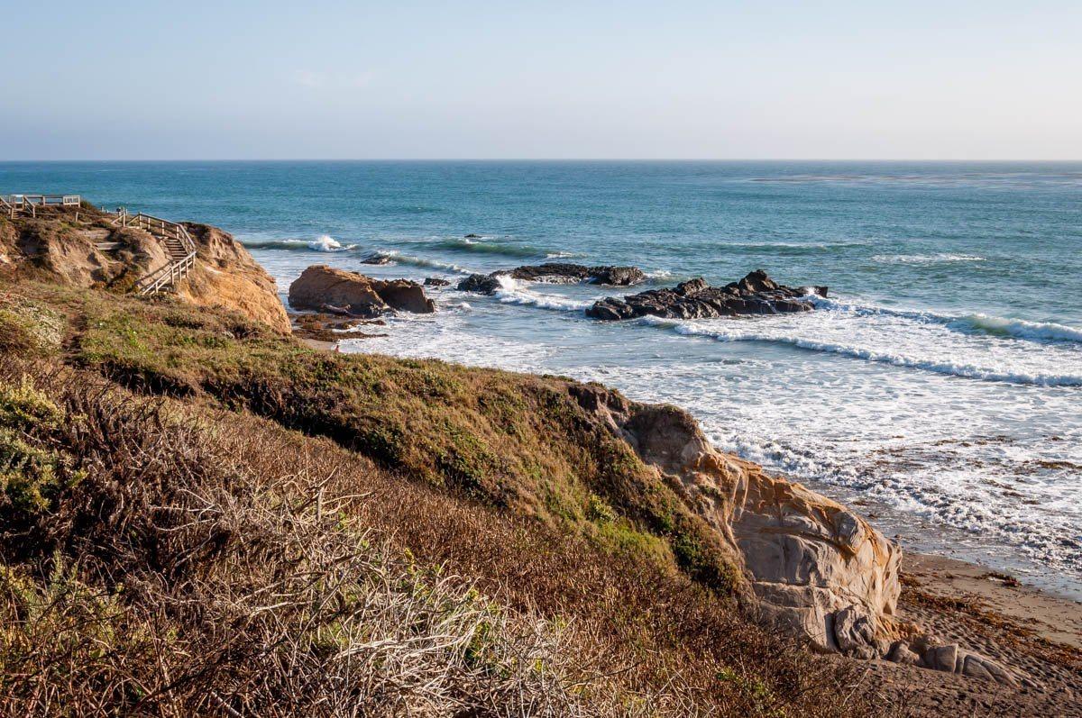 Beach side path overlooking the ocean
