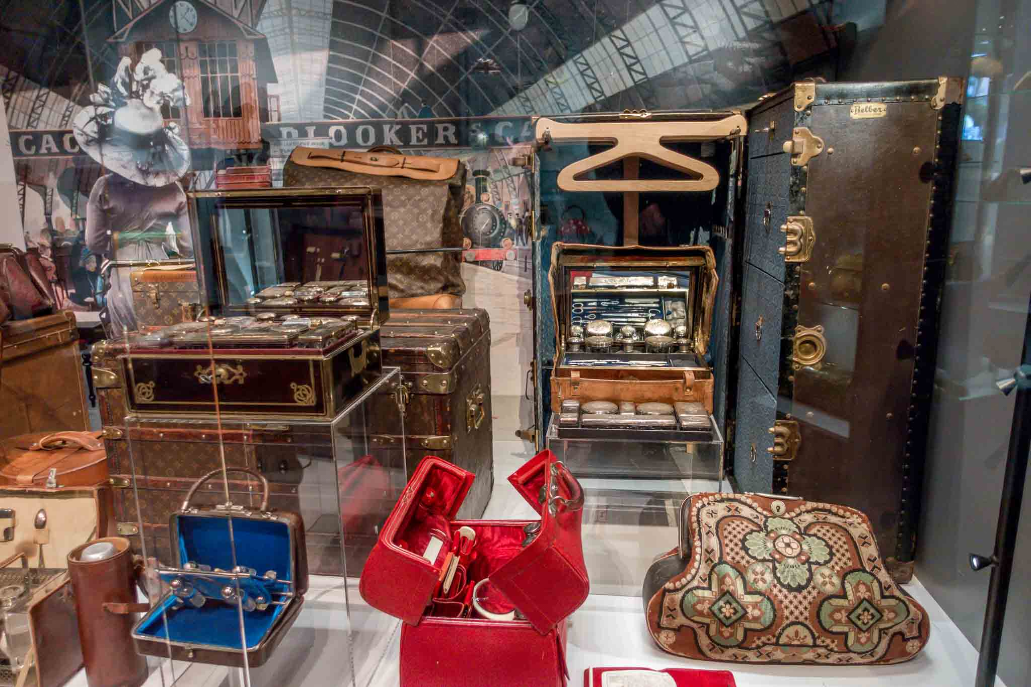 Luggage and cases from the 18th and 19th centuries