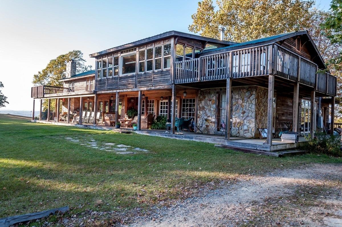 Cabin at the Singletree Gun and Plough in northern North Carolina