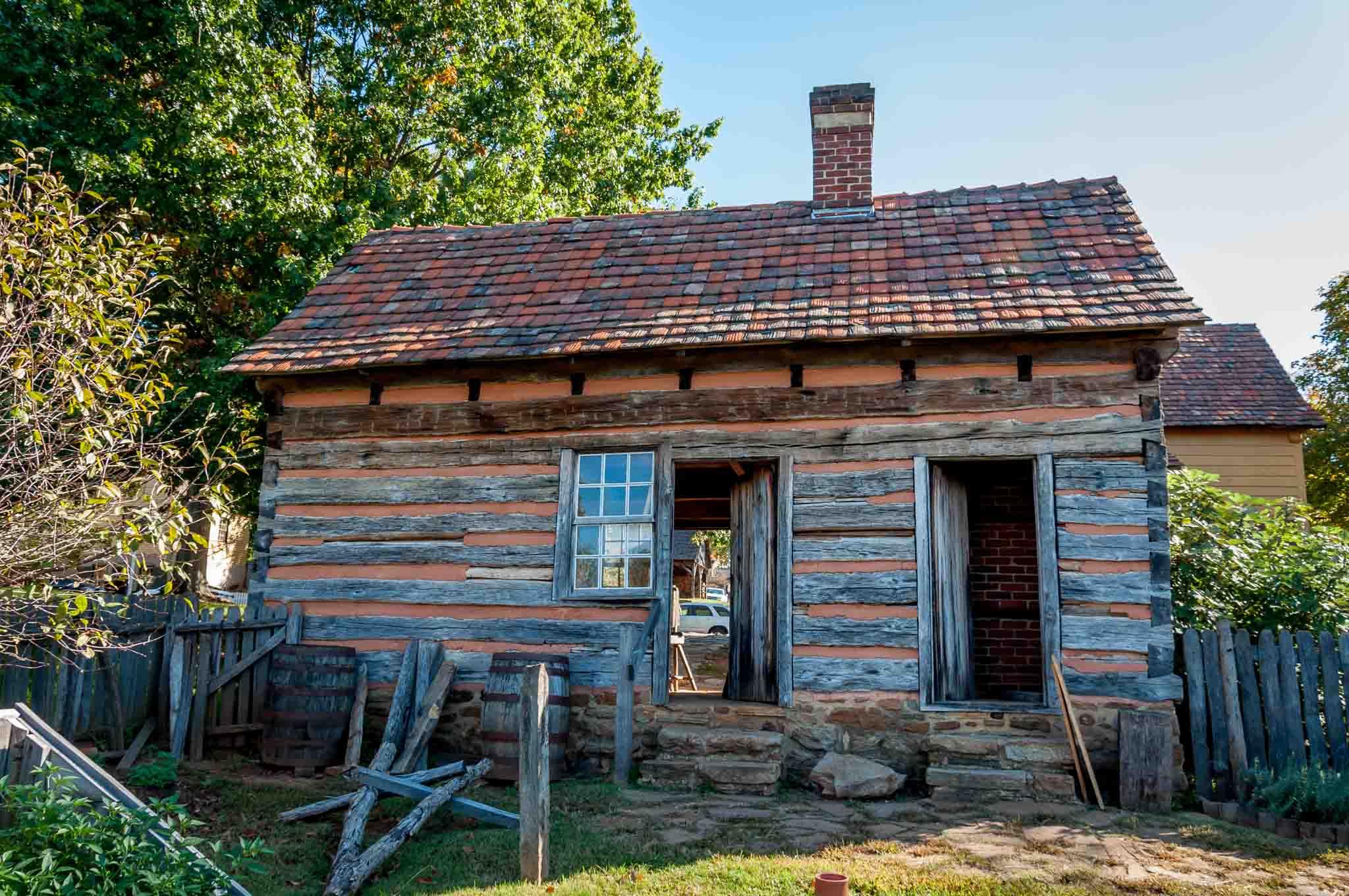 Single-family log home