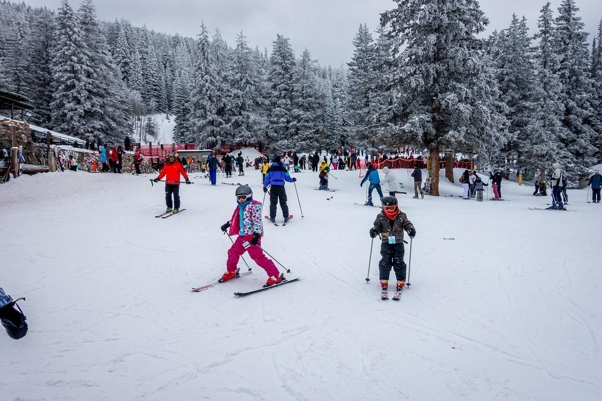Kids enjoying the Santa Fe skiing in New Mexico