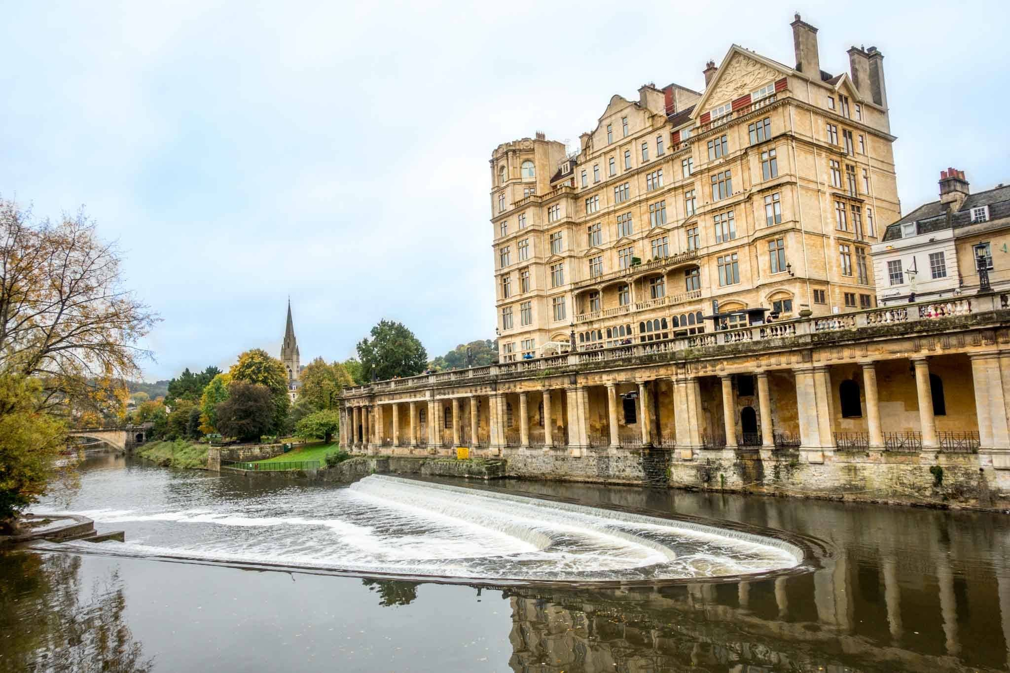 Walking along the River Avon is one of the great things to do on a weekend in Bath England