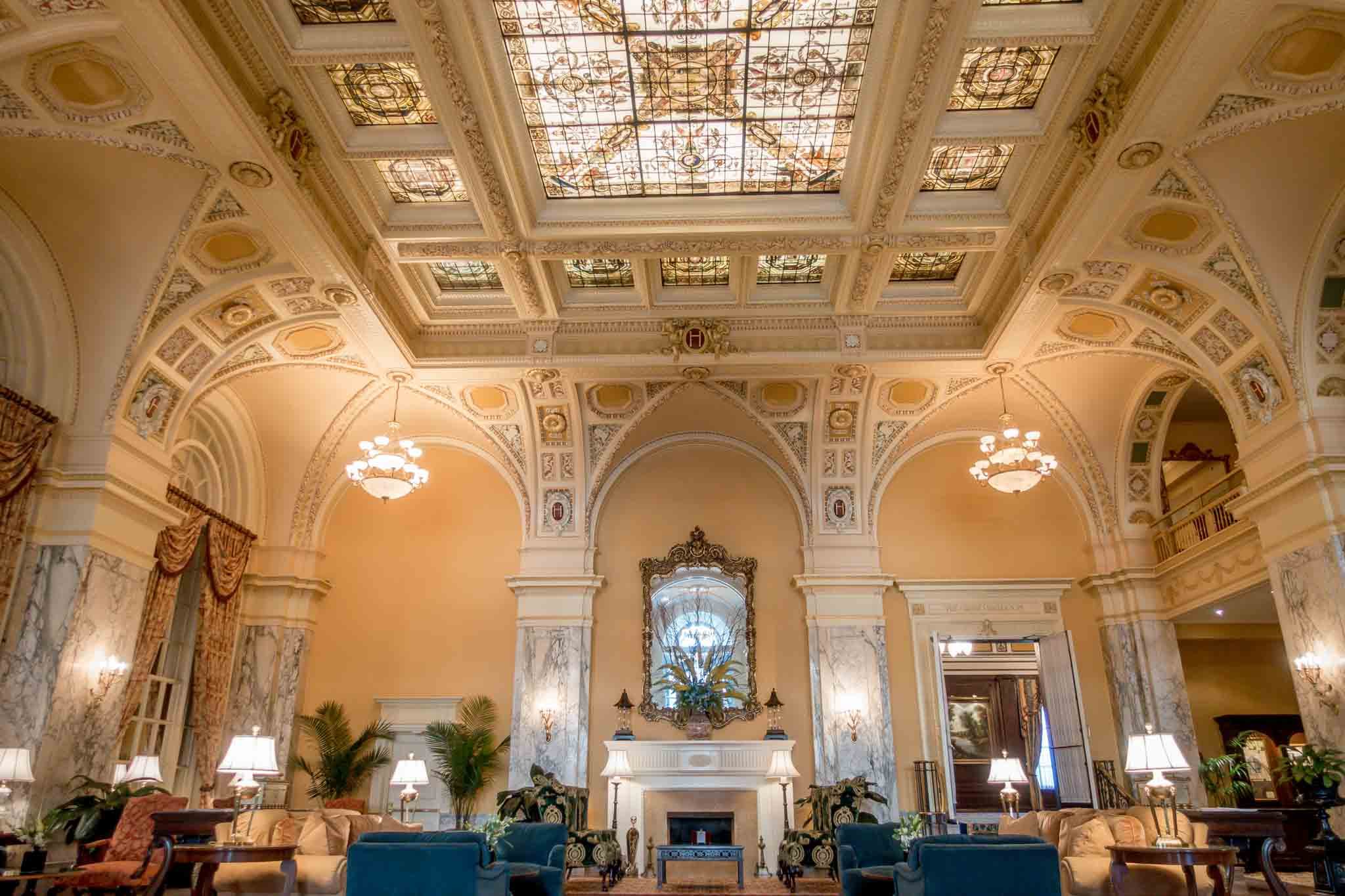 The grand lobby of The Hermitage Hotel Nashville