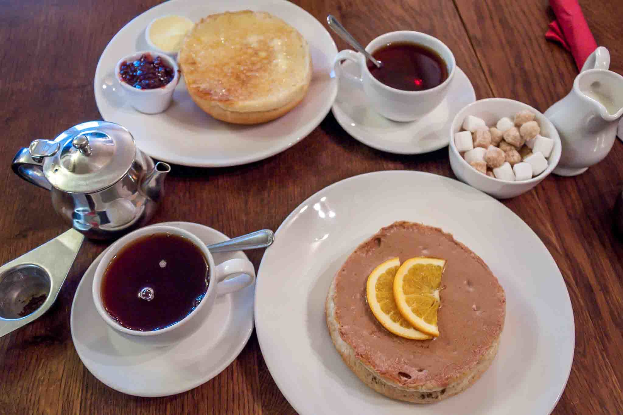 Sally Lunn buns with butter or cinnamon spread and tea