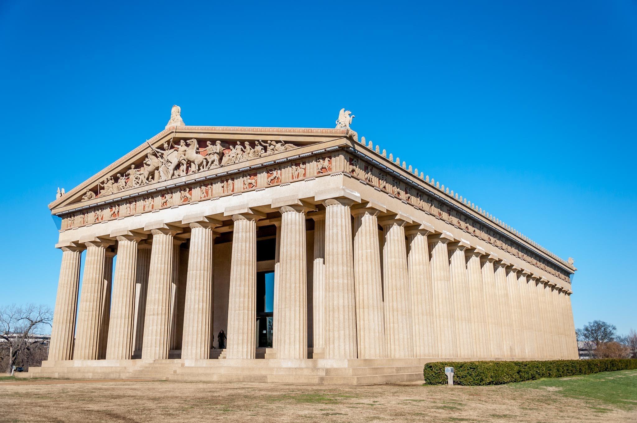 Full-scale replica of the Parthenon in Nashville TN