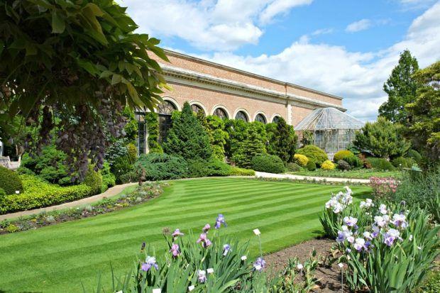 Louven's Botanical Gardens.