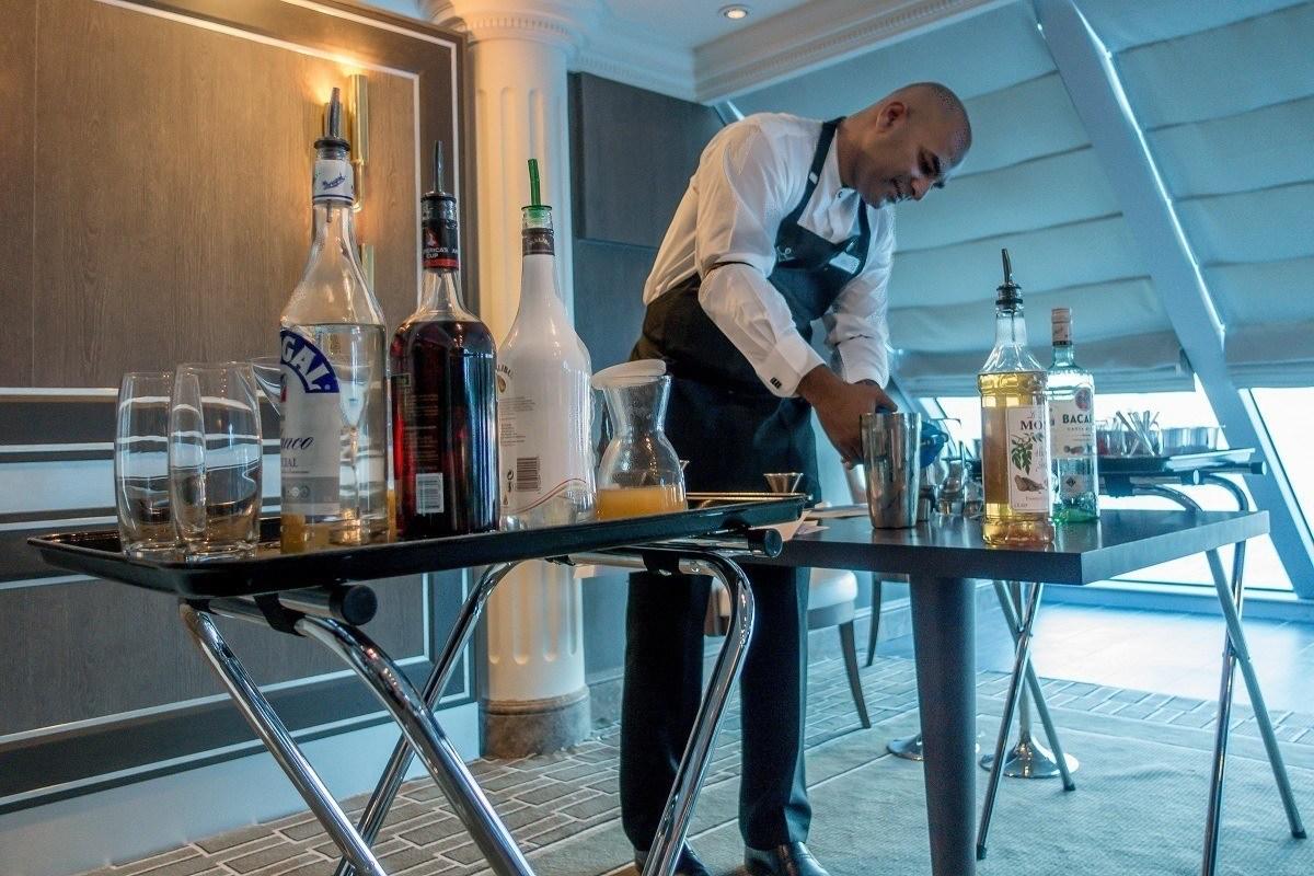 Bartender hosting cocktail class