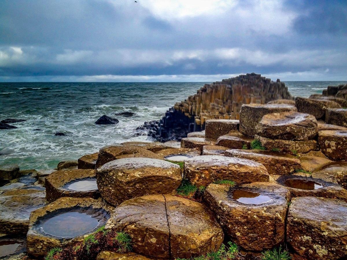 Rocks jutting into the ocean