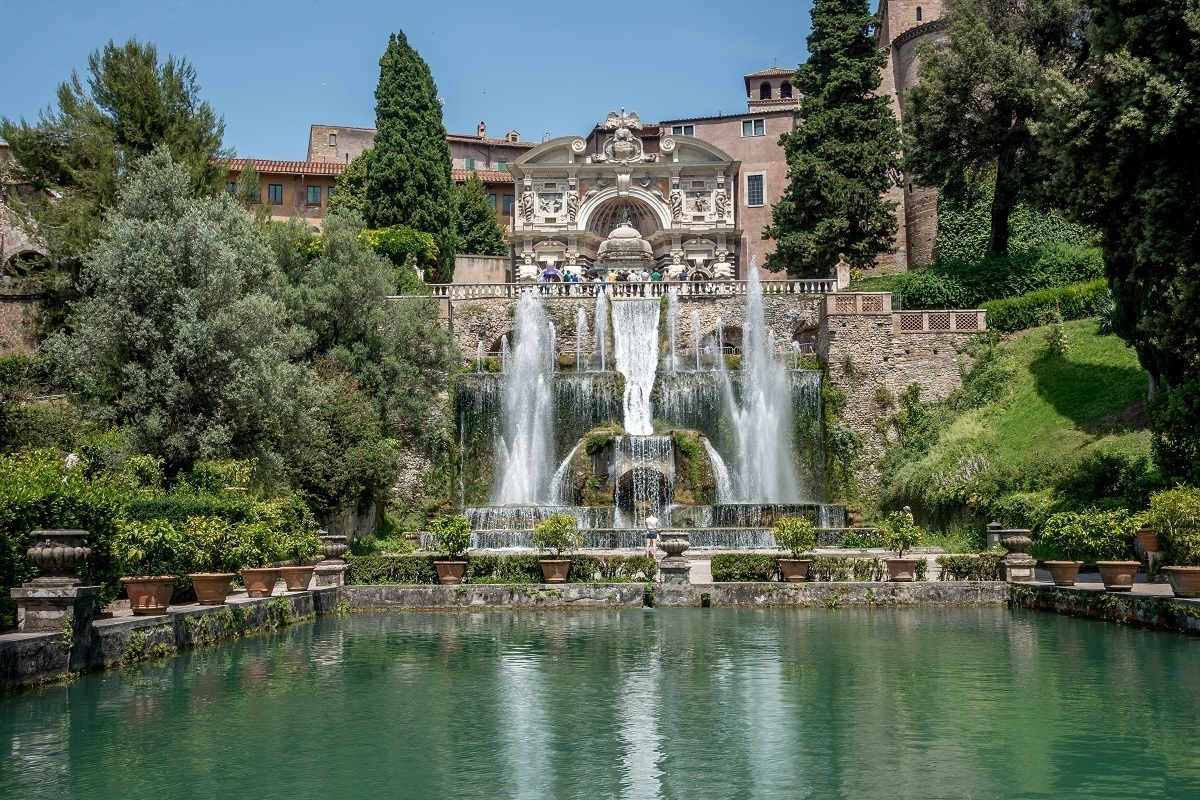 Fountains and pool at the Villa d'Este gardens
