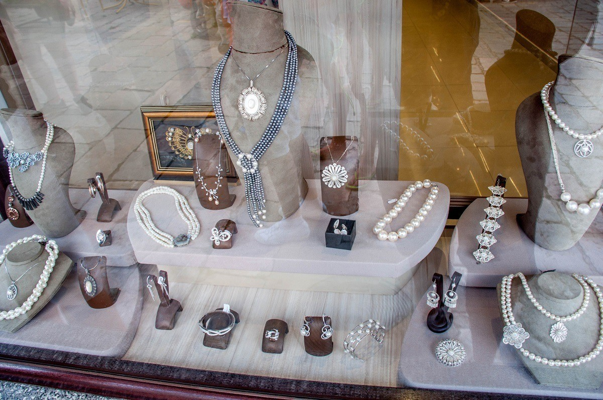 Jewelry made from Lake Ohrid pearls in the window of a store