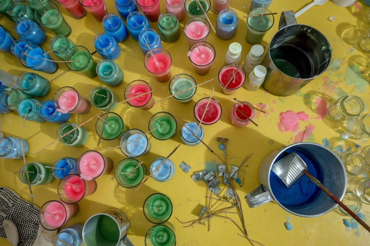 Making candles at RePapel, a women's collective in Puerto Plata, Dominican Republic