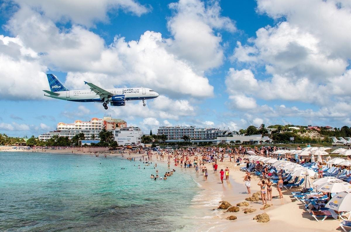 Jet approaching Maho Beach St Maarten