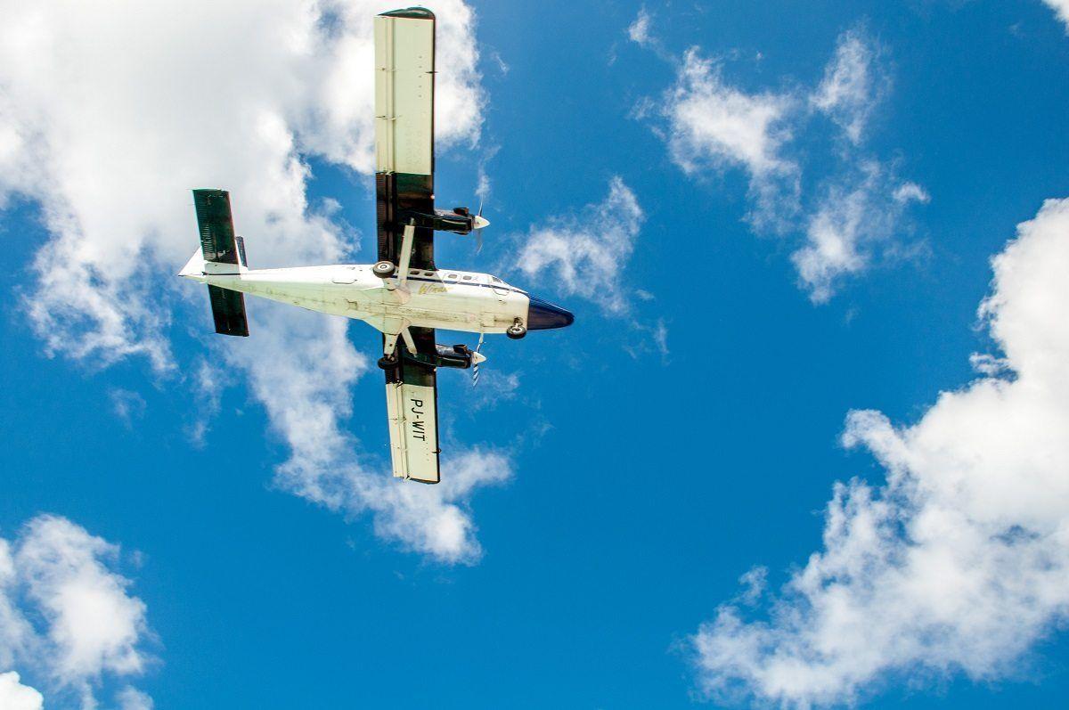 Propeller plane from below