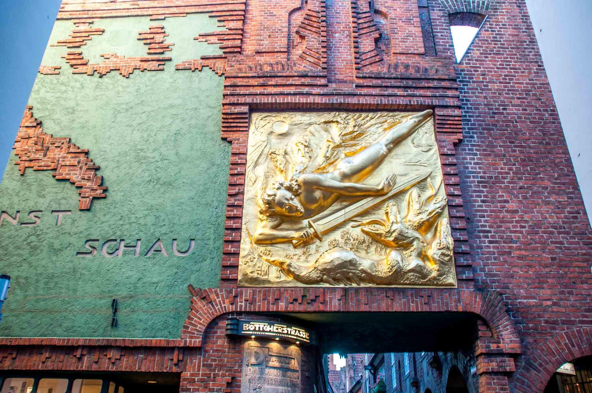 Gold entrance to Böttcherstrasse