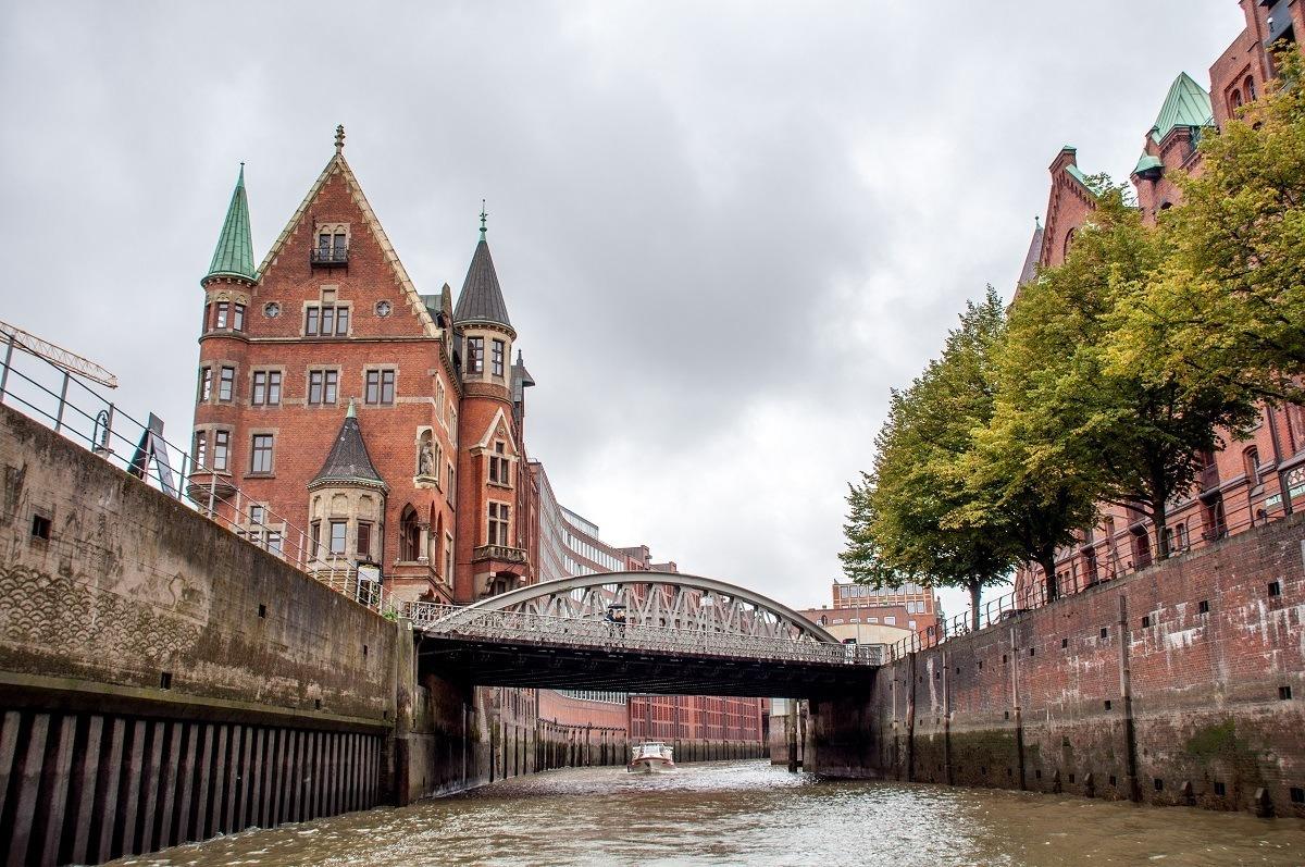 Building and bridge in Hamburg's Speicherstadt warehouse district