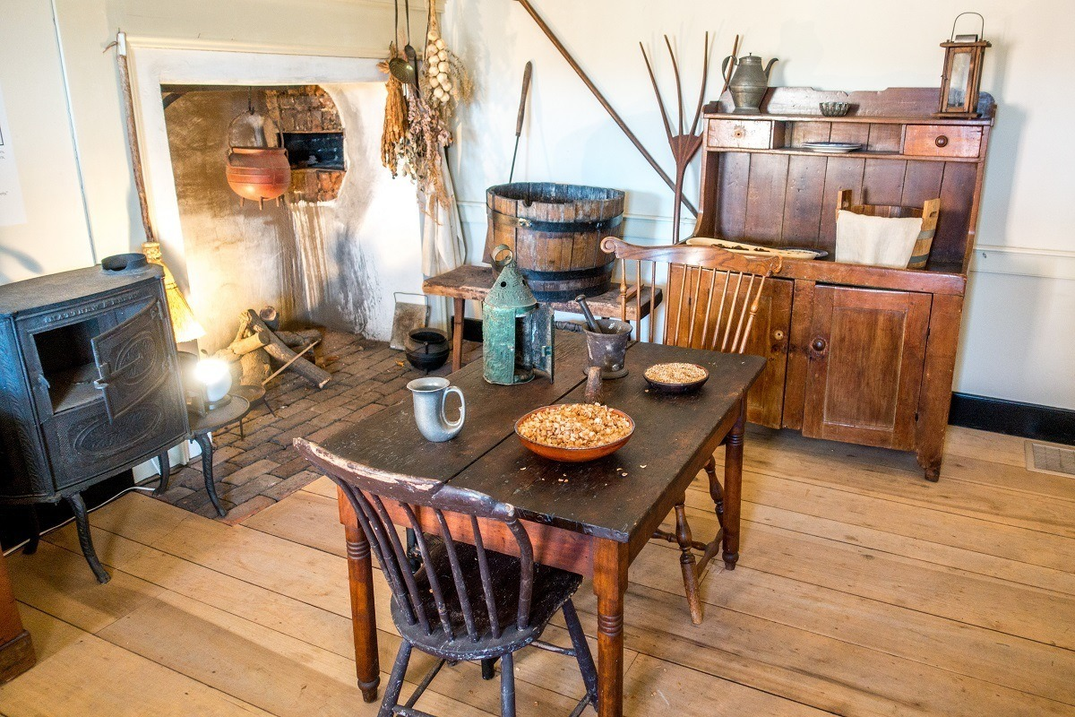 The tools for household brewing in the Moravian community