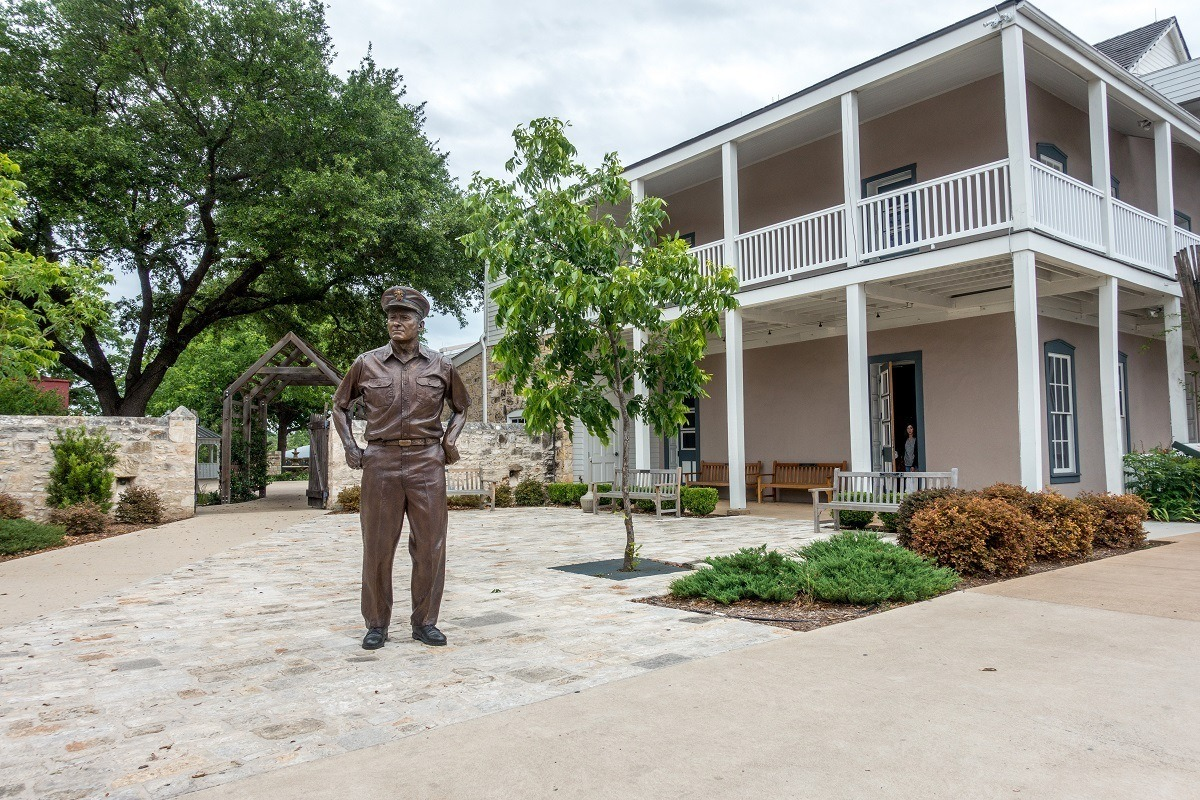 Statue of Admiral Nimitz outside the Nimitz Museum