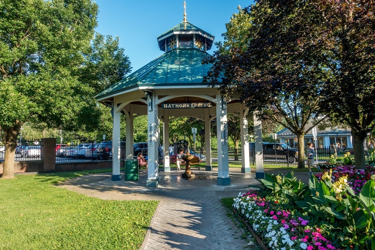 Pergola over a fountain for Hathorn Spring in Saratoga Springs