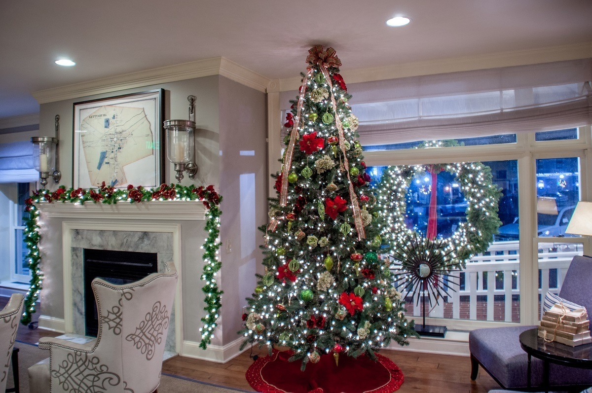 Hotel lobby decorated at Christmas