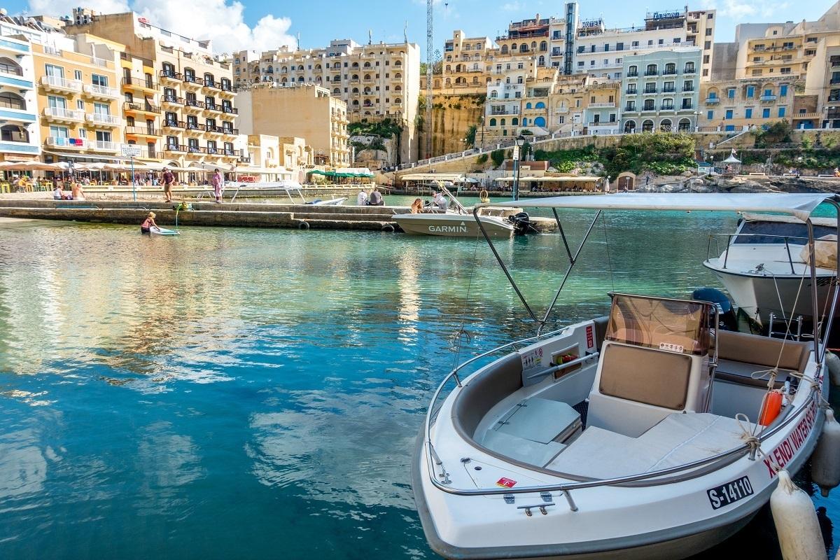 Boat in Xlendi bay