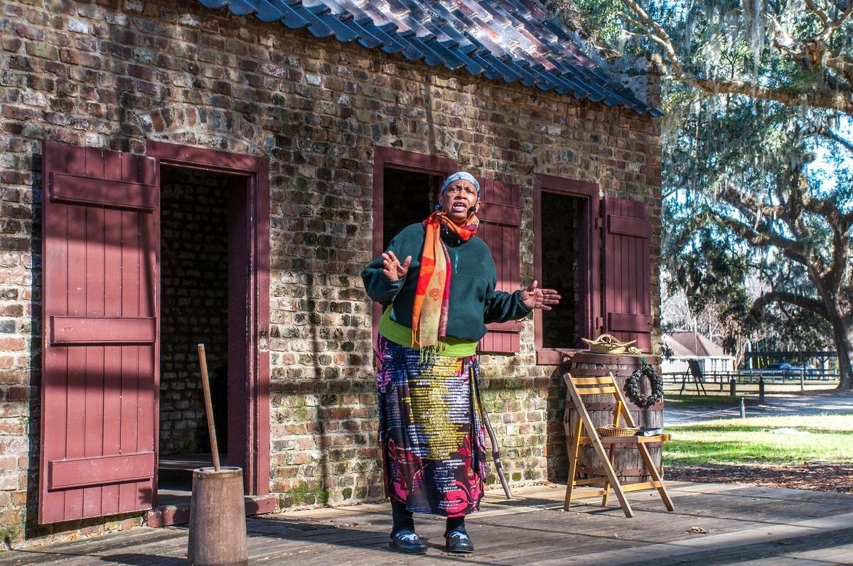 Woman dressed as an enslaved worker