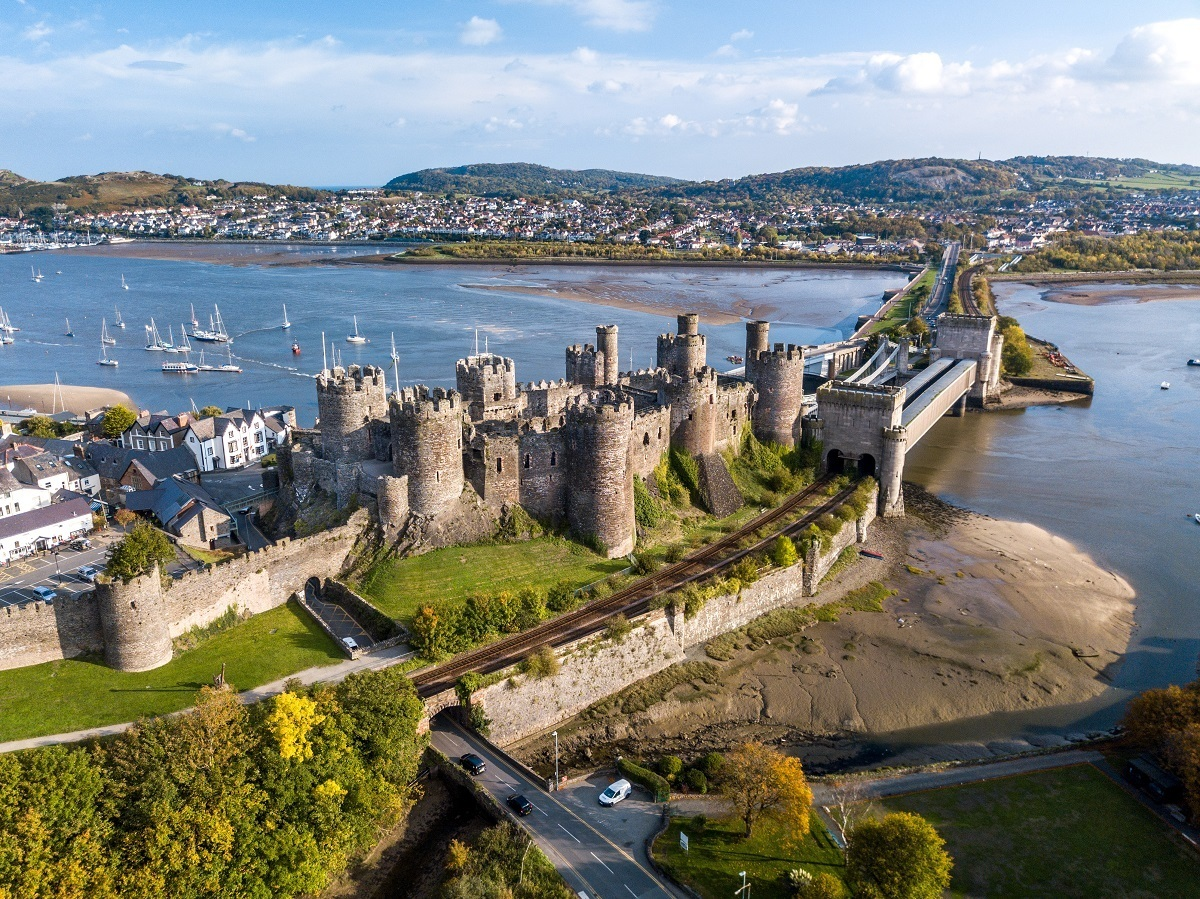 Overhead view of Conwy Castle and harbor