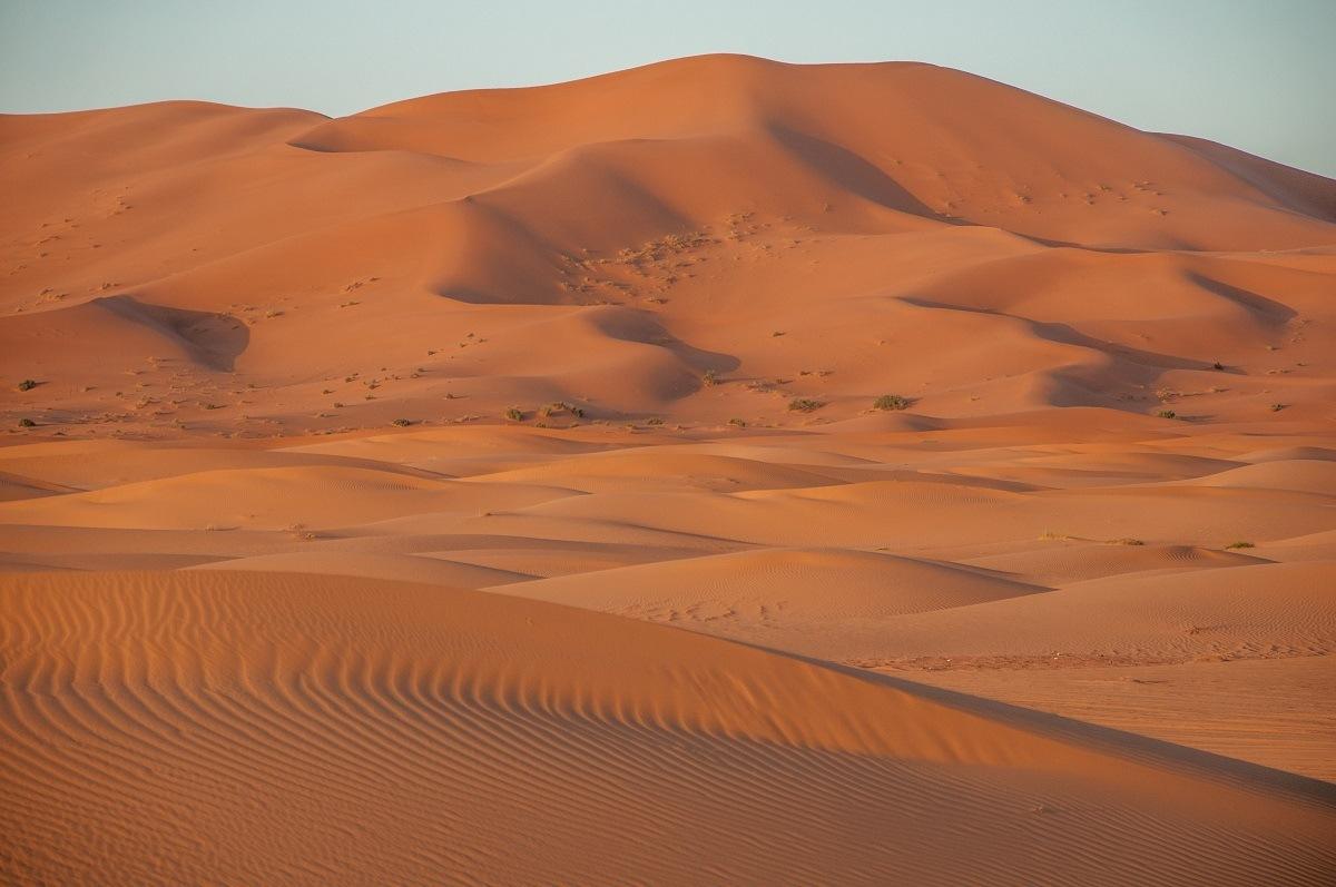 Massive sand dune