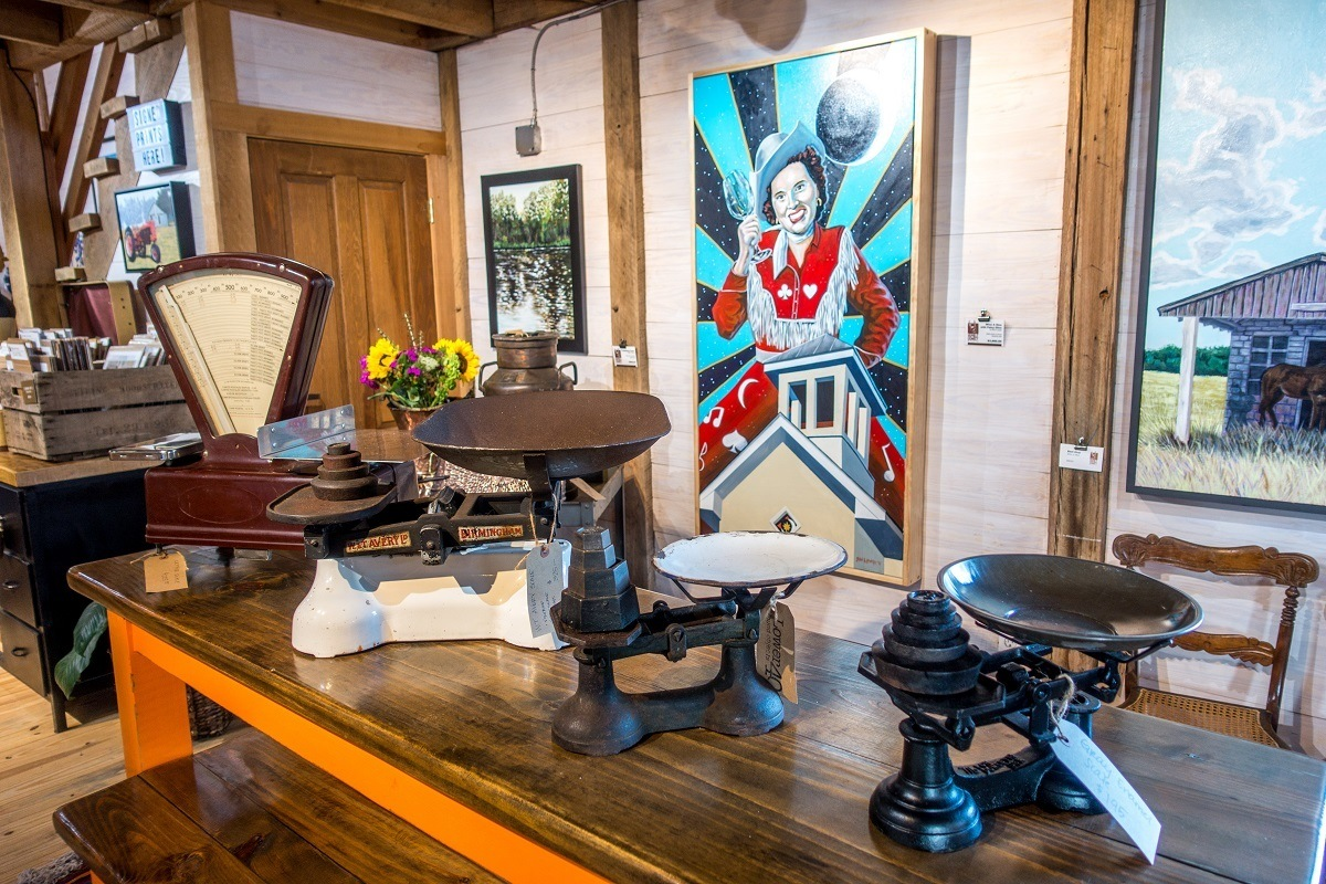 Art and antiques for sale