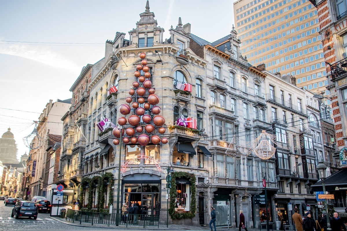 City building decorated for Christmas