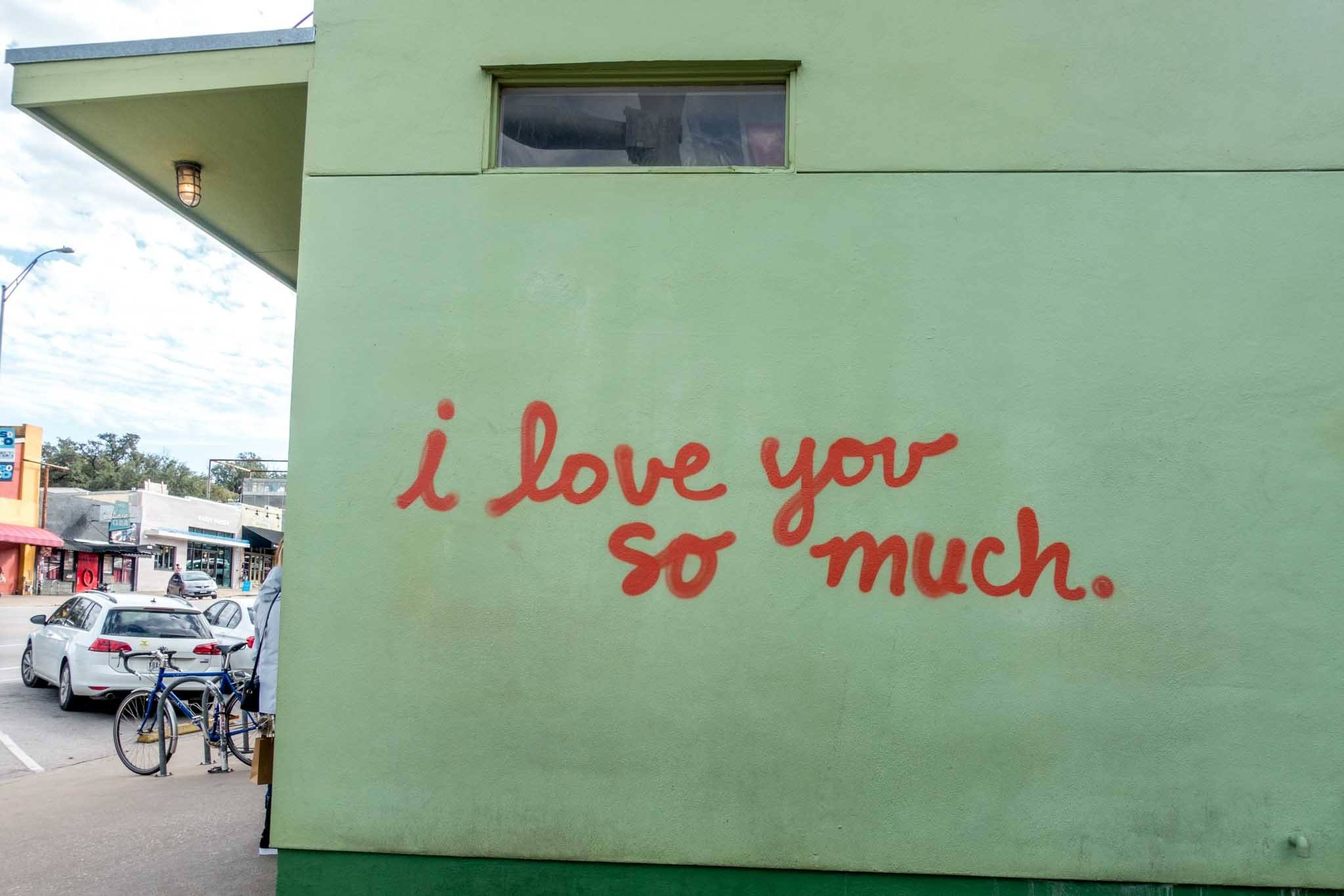 """""""I love you so much"""" mural"""