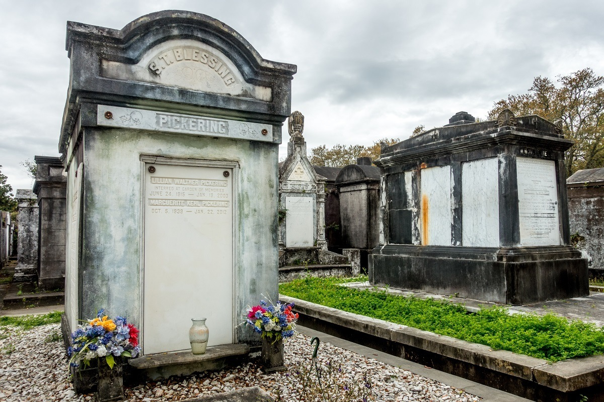 Above-ground tombs with flowers